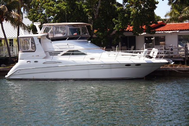 1997 42' Sea Ray. Owner will consider partial financing