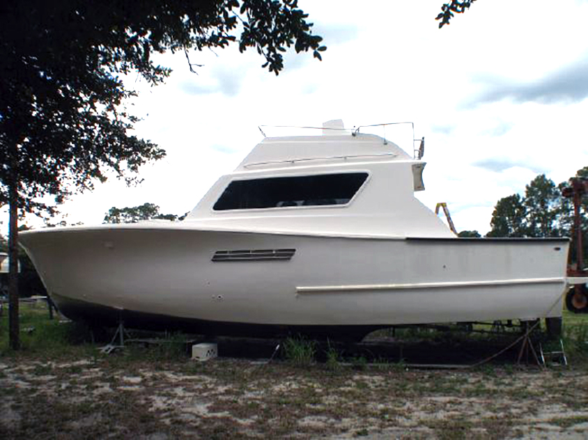 1977 Pacemaker 48 Sportfish project boat located near Daytona, FL