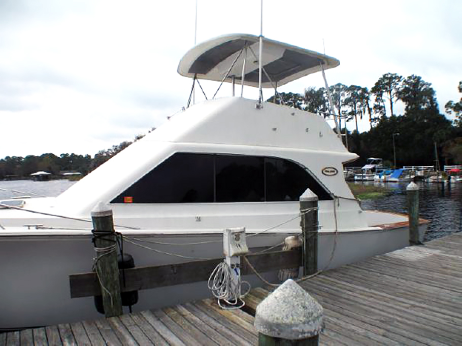 44' Ocean Super Sport Freshwater boat with over $70K invested in upgrades.