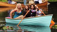 girls-boat-paddle-lake-Favim.com-485699